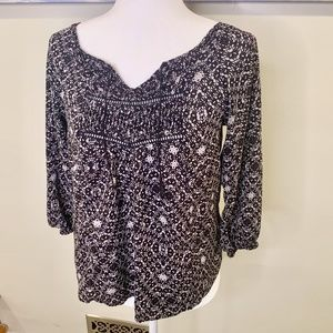 Mossimo Black and White Peasant Top